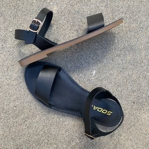 Soda Ankle Strap Simple Black Sandals